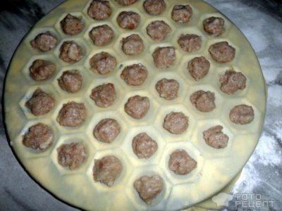 как сделать тесто для пельменей без яиц
