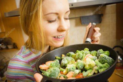 как приготовить замороженные овощи в духовке
