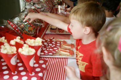 что едят дети на день рождения