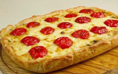 как приготовить пиццу из слоеного дрожжевого теста