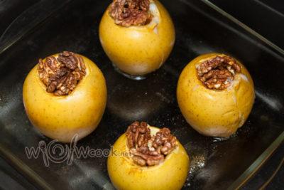 как запечь яблоки и груши в духовке