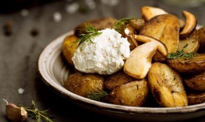 как запечь картошку с грибами