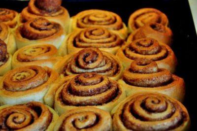 как приготовить плюшки с сахаром в домашних