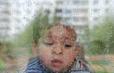 как ребенок реагирует на погоду