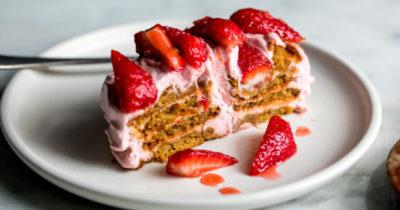 как приготовить клубничный торт